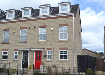 Thumbnail 3 bedroom town house for sale in Farfield Avenue, Bradford