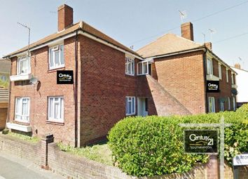2 bed flat to rent in |Ref: F5|, Milton Road, Polygon SO15