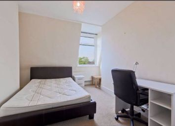 Thumbnail 5 bedroom shared accommodation to rent in The Vale, London