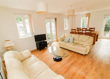 Thumbnail 2 bedroom flat to rent in Campriano Drive, Warwick