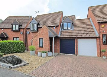 Thumbnail 3 bed detached house to rent in Massie Close, Willen Park, Milton Keynes