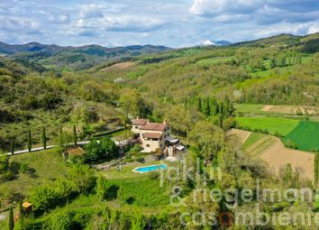 Thumbnail Country house for sale in Italy, Umbria, Perugia, Montone.