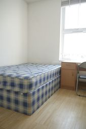 Room to rent in North End Road, West Kensington W14