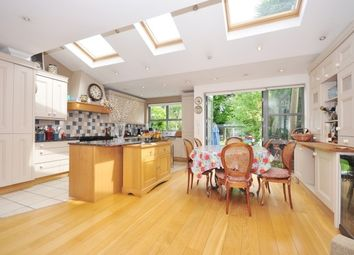 Thumbnail 4 bed property to rent in Staveley Road, Chiswick
