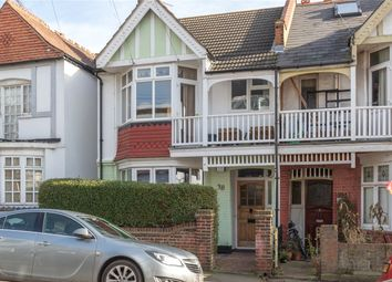Thumbnail 3 bedroom flat for sale in Leigh Cliff Road, Leigh-On-Sea, Essex