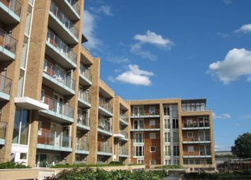 Thumbnail 1 bed flat to rent in Viridian, 75 Battersea Park Road, Battersea