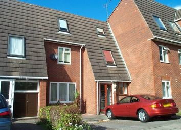 4 bed terraced house to rent in Hanger View Way, West Acton W3