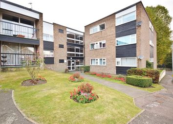 Thumbnail 2 bed flat to rent in Apton Road, Bishop's Stortford
