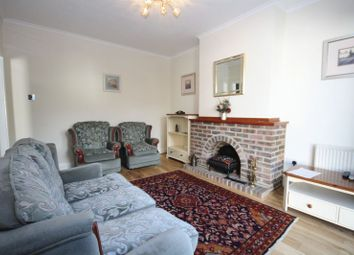 Thumbnail Property to rent in Harewood Close, Northolt