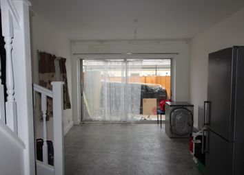 Thumbnail 2 bedroom flat to rent in Allenby Road, Southall