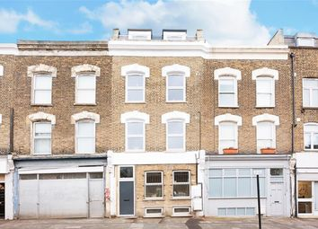 Thumbnail 3 bedroom flat to rent in Brooksby's Walk, London