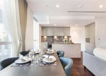3 bed flat to rent in Sirocco Tower, 32 Harbour Way E14