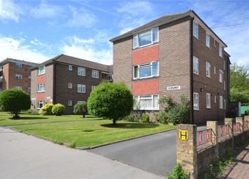 Thumbnail 2 bed flat to rent in Ashburton Road, Croydon