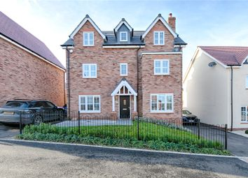 Thumbnail 5 bed property for sale in Oxlip Road, Stansted