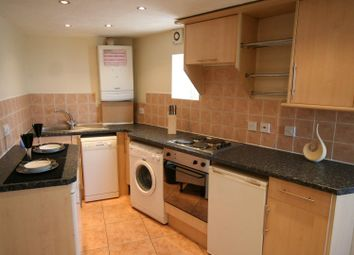 Thumbnail 1 bed flat to rent in Flat 1, 65 Woodsley Road, Hyde Park