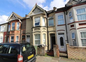 Thumbnail 3 bedroom terraced house to rent in Rooms To Let Close To Town, Dale Road, Luton