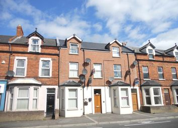 Thumbnail 2 bed flat to rent in Albertbridge Road, Belfast