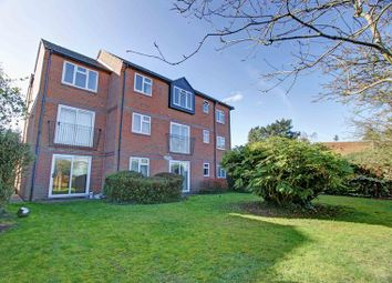 Thumbnail 2 bed flat for sale in Wethered Road, Marlow