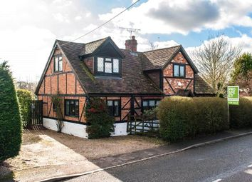 Littlefield Green, White Waltham, Maidenhead, Berkshire SL6. 3 bed detached house for sale