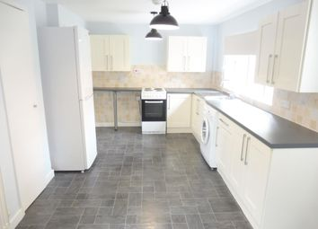Thumbnail 3 bed property to rent in Hawthornes, Hatfield