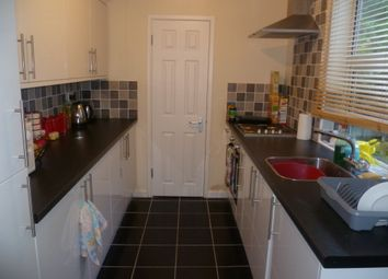 Thumbnail 5 bed semi-detached house to rent in Chapel Street, Luton