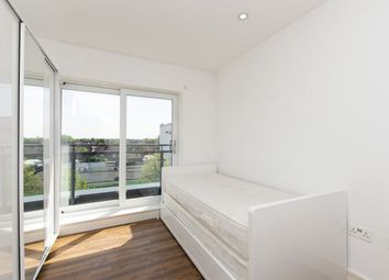 Thumbnail 2 bed flat to rent in Sandringham Avenue, Wimbledon Chase, London