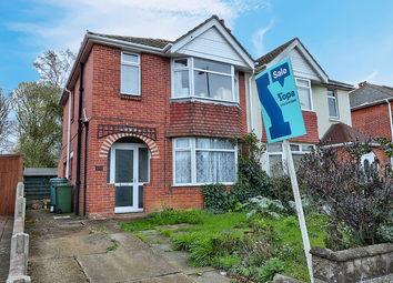 Thumbnail 3 bed semi-detached house for sale in Passfield Avenue, Eastleigh