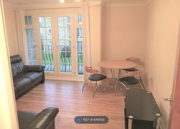 2 bed flat to rent in Lark Avenue, Staines-Upon-Thames TW18