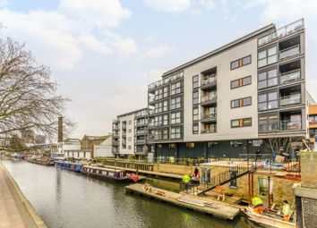 Thumbnail 1 bed flat to rent in Eagle Wharf Road, Islington, London