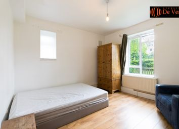 Thumbnail Room to rent in Eric Fletcher Court, London