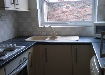 Thumbnail 1 bedroom flat for sale in Spring Bank, Hull