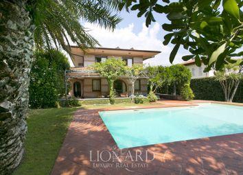 Thumbnail 1 bed villa for sale in Forte Dei Marmi, Lucca, Toscana