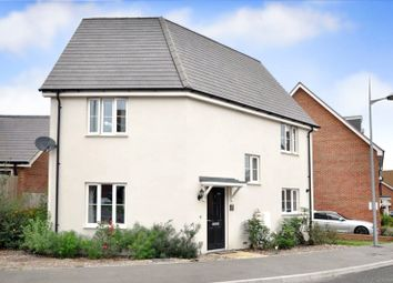 Thumbnail 3 bed detached house for sale in Kilnwood Vale, Faygate
