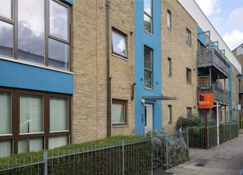 2 bed flat for sale in Brabazon Street, London E14