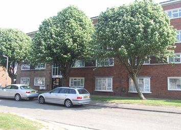 2 bed maisonette to rent in Byron Way, West Drayton UB7