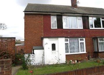 Thumbnail 2 bedroom maisonette to rent in Wimborne Close, Buckhurst Hill