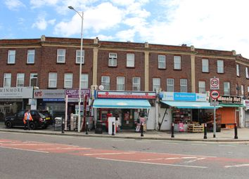 2 bed flat to rent in Ley Street, Ilford IG1