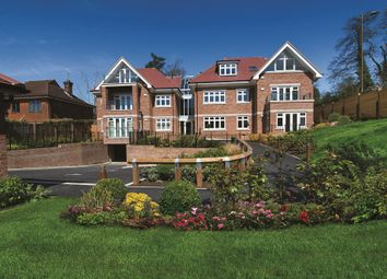 Thumbnail 2 bedroom flat for sale in Georges Wood Road, Brookmans Park, Hatfield