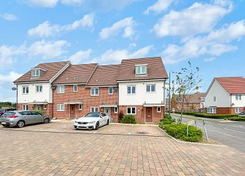 Thumbnail 4 bed detached house to rent in Fonthill Gardens, Dartford