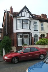 Thumbnail 2 bedroom shared accommodation to rent in Kedleston Avenue, Manchester, Greater Manchester