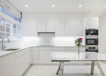 Thumbnail 3 bed town house to rent in Brick Street, London