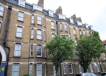 3 bed flat to rent in Pilton Place, Walworth, London SE17