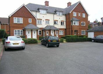 Thumbnail 2 bed flat to rent in Norton Road, Wokingham, Berkshire