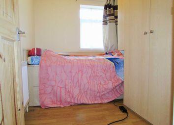 Room to rent in Cross Road, Croydon CR0