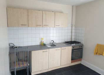 Thumbnail 1 bedroom flat to rent in Victoria Street, Cleckheaton