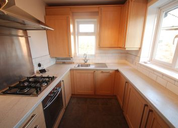 2 bed maisonette to rent in Chertsey Lane, Staines TW18