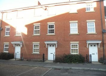 Thumbnail 5 bed terraced house to rent in The Runway, Hatfield