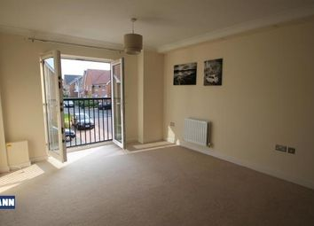 Thumbnail 2 bedroom flat to rent in Hardy Avenue, Dartford