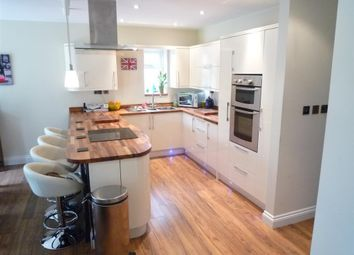 Thumbnail 4 bed property to rent in Sunrise Avenue, Broomfield, Chelmsford