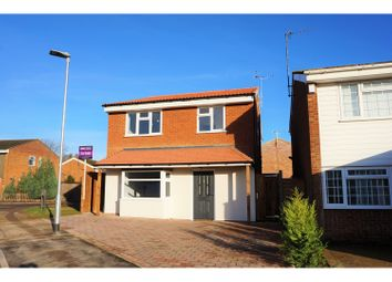 Thumbnail 4 bedroom detached house for sale in Aragon Close, Hemel Hempstead